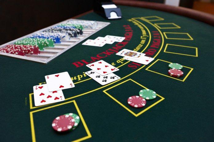 Play blackjack online - pelajari dengan cepat pada apa-apa harga
