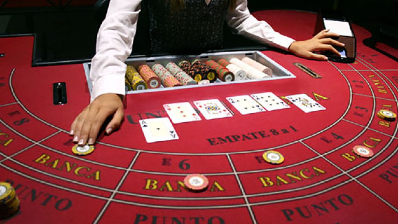 How to win playing mini baccarat betting texas holdem casino betting rules basketball