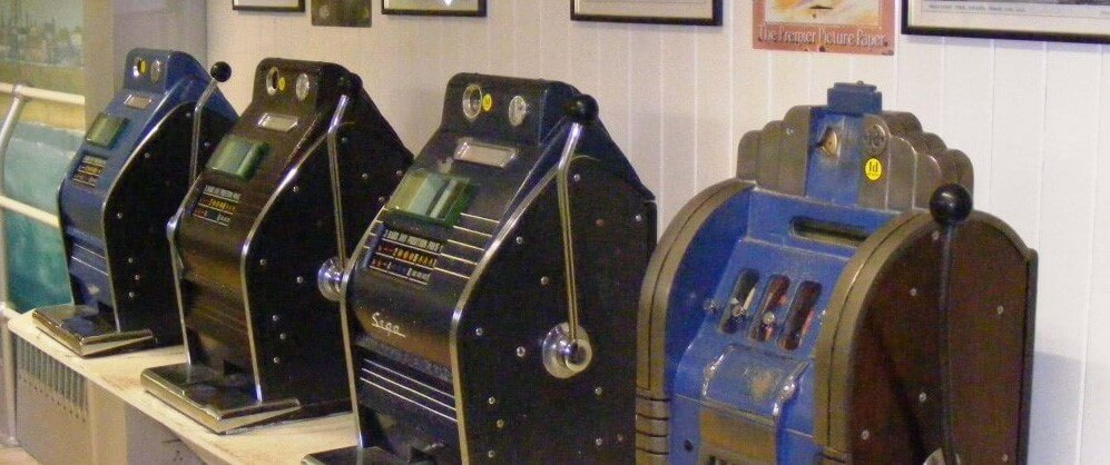 First Slot Machine Invented Year