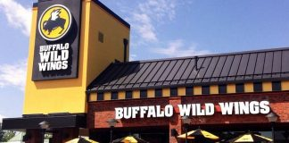 Buffalo Wild Wings Wants to Get Into Sports Betting