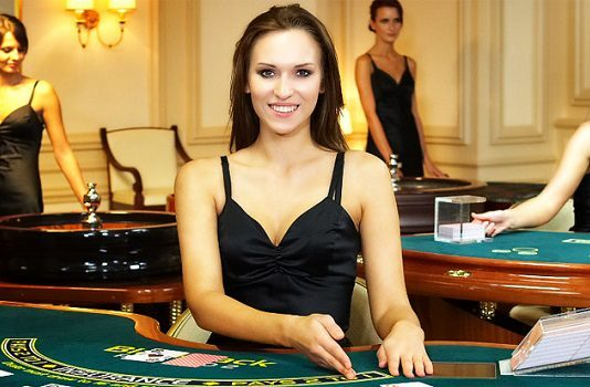 How to Behave With Casino Dealers – Top Things Dealers Hate