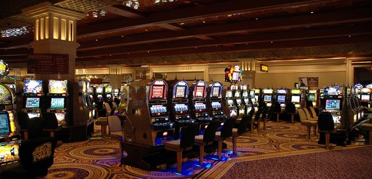Center Stage agrees to give up some gambling devices | The News Tribune