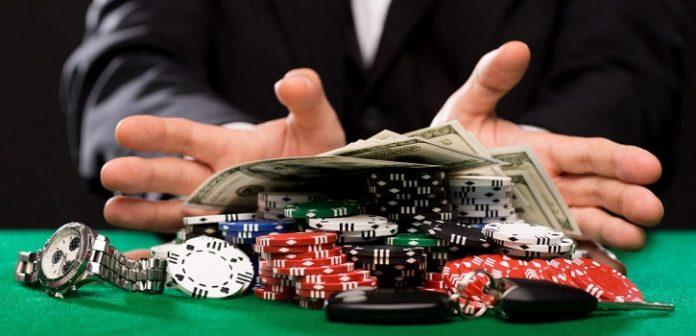 Chinese Police Crack $1.1 Billion Gambling Ring
