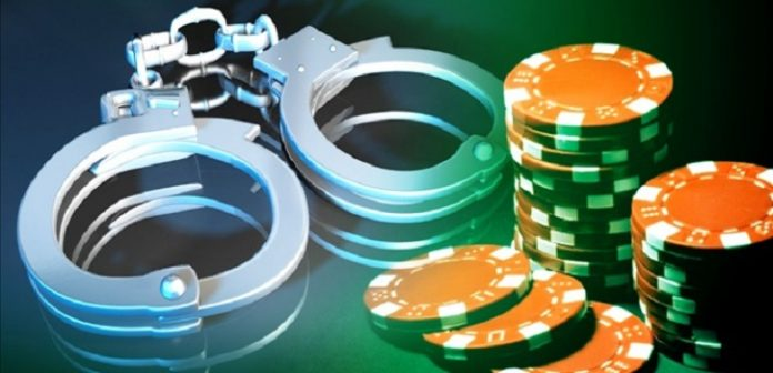 Eight Hospital Employees in India Arrested for Gambling on the Job