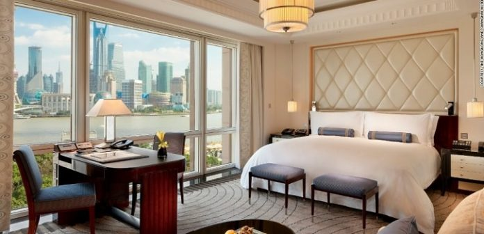 How to Negotiate Your Hotel Room Rate