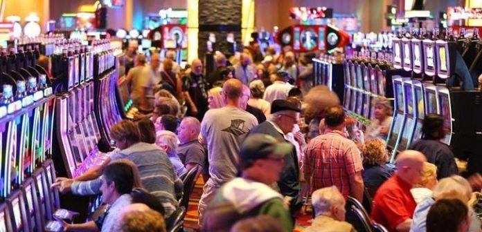 Midday Gambling Sees Detroit Casinos Fill