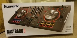 Numark Mixtrack 3: All-in-one Controller Solution