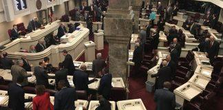 Gambling bill advancing in AL legislature